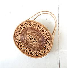 1950s pine needle basket bag (Small Earth Vintage) Tags: smallearthvintage vintagefashion vintageaccessories bag tote purse handbag pineneedlebasketbag 1950s 50s