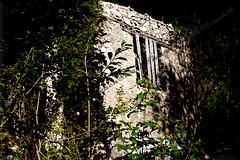 RIULADE vecchio borgo abbandonato (ivack@) Tags: riulade ivack friuli venezia giulia abbandono sassi roccia legno canon sigma moggio friuliveneziagiulia udine borgo borgoabbandonato paesaggio paesaggi natura ferro