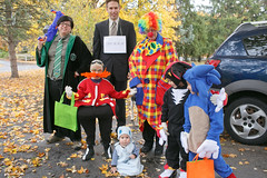 20141031_44424 (AWelsh) Tags: boy shadow evan ny halloween boys kids children costume kid child candy joshua trickortreat jacob sonic rochester doctor chow hedgehog chao elliott andrewwelsh eggman dreggman canon5dmkiii