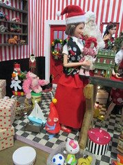 Mrs. Claus helps (Pumpkin Hill Studios/King William Miniatures) Tags: christmas miniatures dolls barbie diorama santasworkshop fashionroyalty 16scale