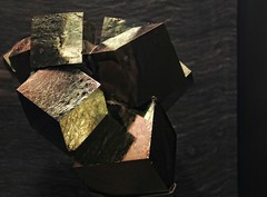 Earth's Treasures (Personal Visuology) Tags: london history museum treasure natural earth cubes gemstones