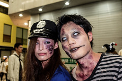 Halloween In Osaka (Xavier (ザビ)) Tags: halloween japan fuji 大阪 日本 fujifilm osaka kansai japon shinsaibashi 関西 xt1