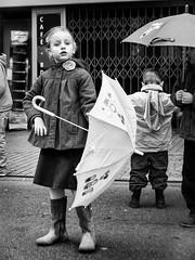 Mary Poppins (thierry16s) Tags: mars en white black girl de kid noir novembre child au 11 du et enfant fille blanc petite charente champ angouleme parapluie 2014 ceremonie