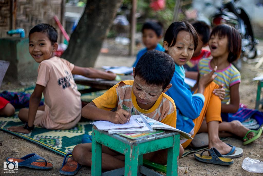 Niños del Brother Felice Orphanage en Nyaungshwe (Myanmar)