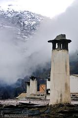 Chimeneas-Pampaneira- (Lucas Gutirrez) Tags: nevada granada sierranevada pampaneira enero2015 terraos paisajesconnieve granadanatural chimeneasalpujarreas lucasgutierrezjimenes paisajesgranadinos