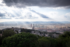 Vistas of Barcelona (Sunny Herzinger) Tags: barcelona travel light canon blackwhite spain catalunya es sunrays 6d canonef1635f4lis