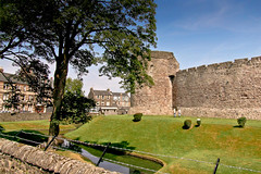 Rothesay Castle (Clyde Rivers) Tags: scotland clyde bute rothesay robertii