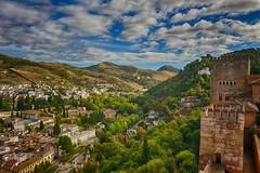 murallas de La Alhambra (Carlos M. M.) Tags: clouds andaluca granada nubes hdr laalhambra canon100d