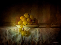 Sweet Grapes ... (MargoLuc) Tags: grapes autumn fruit golden season september days sweet soft natural light stilllife classic style vintage painting uva texture skeletalmess