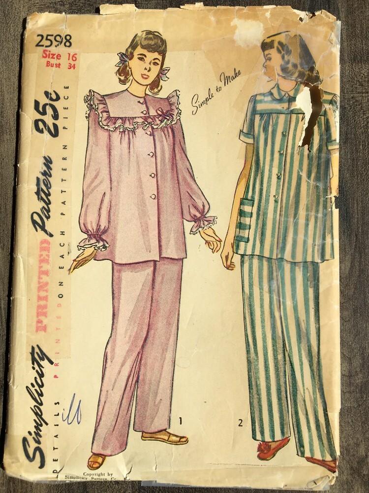 6054e3ac69d8 2598 (mrogers1 uw.edu) Tags  incomplete pajamas 1940s pants simplicity