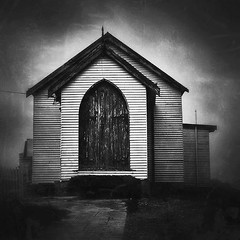 This old church.... #church #bnw #monochrome #visitnsw #Australia #iphone #shotoniphone #legitiphones (loobyloo55) Tags: instagramapp square squareformat iphoneography uploaded:by=instagram inkwell