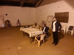Karsten beim Dorfmeeting in Bandoukassa