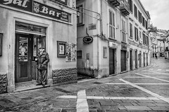 Mi st fotografann? (~pierpalol) Tags: street old white man black hat vintage photography alley streetphotography retro granny calabria bnw cosenza 500px mormanno ifttt