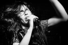 (Michael_Booth) Tags: leica music female mexico concert punk live singer monochrom casbah songwriter lebutcherettes terigenderbender leicamonochrom terisuarez leicaaposummicronmf250mmasph michaelpaulbooth