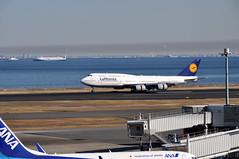 Lufthansa B747-8 (yuki_alm_misa) Tags: tokyointernationalairport boeing plane 羽田空港 東京国際空港 航空機 rjtt ルフトハンザドイツ航空 羽田 飛行機 hnd ルフトハンザ airplane haneda aeroplane ボーイング b7478 b747400 aircraft lufthansa deutschelufthansa airport tokyo