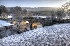 Chatsworth River Derwent snow 2014 (Twiggy's Photography) Tags: bridge snow cold alan canon river frost derwent chatsworth twgg