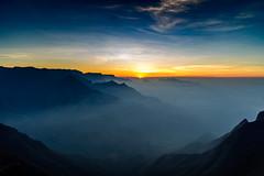 Sunrise from Kolukkumalai (Nagesh Kamath) Tags: sunrise haze tea earlymorning hills munnar teaestate clubmahindra kolukkumalai nikond600 sigma240700mmf28 clubmahindramunnar
