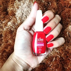 Deixa Beijar, Colorama (Samantha M. de Souza) Tags: red nails nailpolish esmalte colorama deixabeijar
