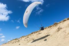 IMG_9217 (Laurent Merle) Tags: beach fly outdoor dune cte vol paragliding soaring ozone plage parapente atlantique ocan glisse littlecloud spiruline