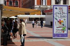 IMG_2244 (ladislaus_nim) Tags: plazamayor cultura feriadellibro barriocentro