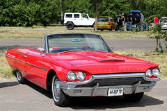 Ford Thunderbird 1964 (seb !!!) Tags: auto old red usa france rot classic cars ford coffee car america canon rouge us photo rojo automobile foto state image united picture voiture vermelho american seb bild thunderbird oldtimers rosso imagen 1964 imagem automovil ancienne cabriolet automovel thoiry populaire classique anciennes wagen 2016 automobil americaine decapotable amerique klassic decouvrable 1100d