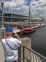 Les Vikings dbarquent! (Daniel Lebarb) Tags: sailboat boat montral tourist wharf bateau oldport quai vieuxport voilier touriste drakkar