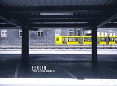 Gleisdreieck Parkhaus (allstardesign) Tags: berlin germany architecture europe train zug ubahn metro parkinglot parkhaus u2 u1 gleisdreieck