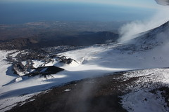 Flying on the Etnaland (Hlose Picot) Tags: winter snow fly flying hiver aerialview neve sicily neige p92 inverno etna sicilia vulcano volcan etnaland sicile tecnam patrimoniomondialedellunesco etnaworldheritage
