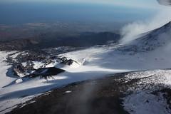 Flying on the Etnaland (Hlose Picot) Tags: winter snow fly flying hiver aerialview neve sicily neige p92 inverno etna sicilia vulcano volcan etnaland sicile tecnam patrimoniomondialedellunesco etnaworldheritage