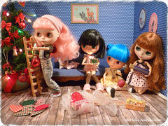 Help for the holidays – Blythe a Day December 2014