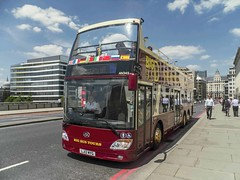 Big Bus Tours, LJ12MYG, Fleet No. AN345 (Gerry A Powell) Tags: bus londonbridge coach infocus highquality opentoptourbus an345 bigbustours anhuiankai lj12myg