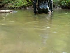 IM006718 (hymerwaders) Tags: wet wasser boots hip waders pvc lack watstiefel