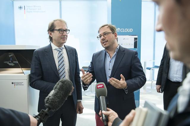 Maxim Nohroudi and Alexander Dobrindt speak with media