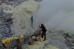 Crow bar used to break the sulphur into manageable lumps (JohnMawer) Tags: indonesia volcano java jawatimur ijen sempol