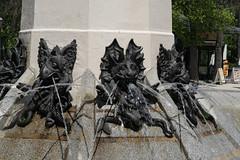 Brunnen im Retiro Park, Madrid (herbert@plagge) Tags: madrid city fountain spain brunnen fallenangel stadt spanien parquedelbuenretiro angelcaido