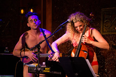 IMG_2625 (Cherie B. Tay) Tags: nyc concert ukulele 54below theskivvies