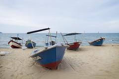 Fisherman Boats (laporpo alkapunzi) Tags: beach fujifilm 1855mm f28 pantai terengganu xt10 pantaikelulut