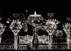 London Nov 2015 (7) 081 - Winter Wonderland in Hyde Park (Mark Schofield @ JB Schofield) Tags: park christmas street city winter england white black london monochrome canon fairground carousel hyde oxford rides nightlife wonderland stalls 5dmk3