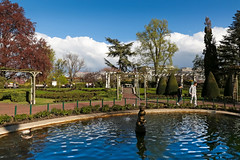 Jardin Lecoq - Clermont-Ferrand (France) (Meteorry) Tags: park flowers trees people france fountain fleurs garden pond europe afternoon tulips lawn jardin arbres april fontaine parc aprsmidi auvergne clermont pelouse tang puydedme clermontferrand 2016 lecoq meteorry jardinlecoq auvergnerhnealpes courssablon boulevardfranoismitterrrand