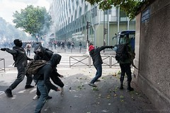 Paris (Federico Verani) Tags: street city paris france streets june work photography riot police travail strike rue legge francia citt loi parigi lavoro teargas polizia grve sciopero clashes generalstrike 2016 casseur grvegnrale scontri lacrimogeni scioperogenerale