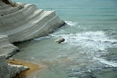 Scala dei Turchi (moniq84) Tags: sea sky italy white man rock la italia mare blu bleu uomo cielo scala sicily bianca solitary roccia spiaggia italie solitario dei sicilia agrigento scogliera sicile turchi realmonte