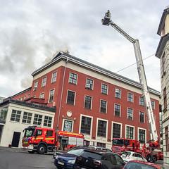 lmh-soriamoria99 (oslobrannogredning) Tags: 1890 brann ryk brannbil bygrd brannbiler skadested bygningsbrann