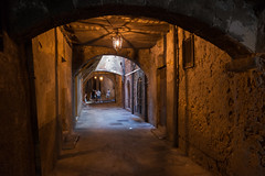 Villefranche-sur-Mer - Rue Obscure (CocoChantre) Tags: passant villefranchesurmer provencealpesctedazur frankreich fr dark tunnel spooky scary lantern