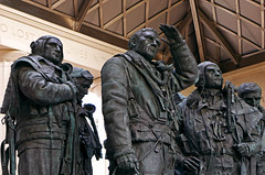 Statues - Bomber Command Memorial (Hyde Park Corner) Panasonic LX100 (markdbaynham) Tags: park city urban london westminster statue corner lens four lumix memorial capital panasonic hyde figure third fixed ft metropolis bomber command 43rd compact lx evf lx100