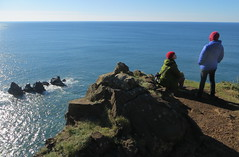 ladies at the edge of the world (carolyn_in_oregon) Tags: oregon carolyn kate pacificocean oswaldweststatepark cliffsofneahkahnie