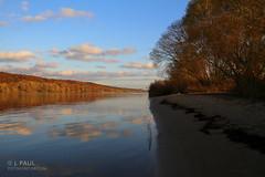 Himmel auf der Elbe (Elbmaedchen) Tags: elbe niedersachsen herbststimmung herbstmotiv