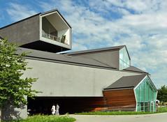 VitraHaus / Herzog & de Meuron (Burçin YILDIRIM) Tags: travel building architecture modern germany deutschland design europe architektur vitra herzog herzogdemeuron modernarchitecture demeuron weilamrhein vitrahaus