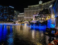 Filming the fountain at Bellagio hotel-casino