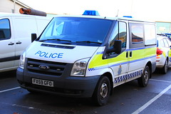 Lincolnshire Police Ford Transit Cell Van (PFB-999) Tags: ford station cell police cage lincolnshire transit vehicle leds van beacons grilles unit grantham lincs constabulary lightbars rotators fx59gfo