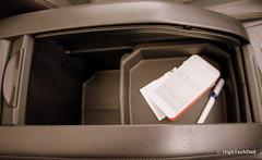 Center Arm Rest Storage - 2014 Toyota Highlander Limited Platinum